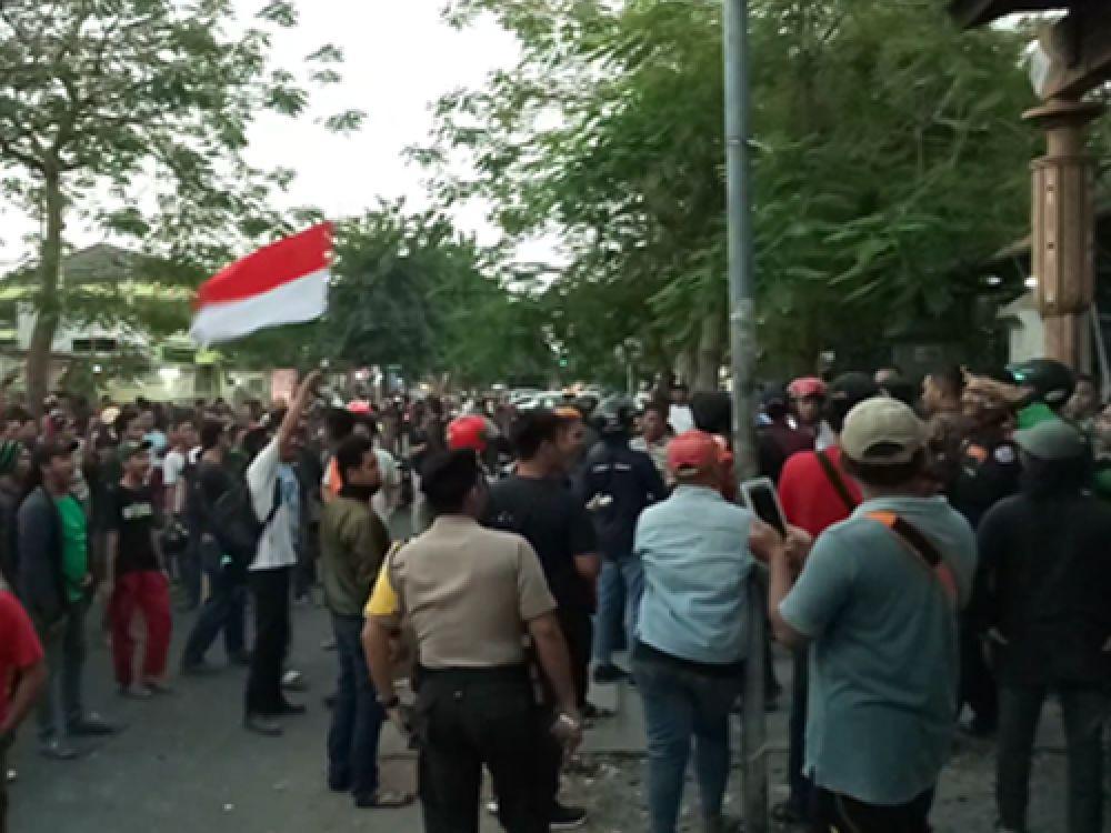 Asrama Mahasiswa Papua Diserbu Arek Suroboyo