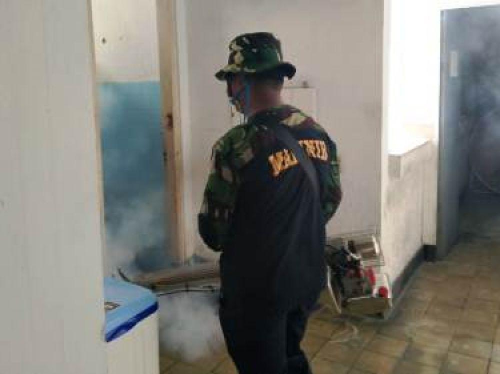 Cegah DBD, Kantor Denintel Pasmar 2 di Fogging