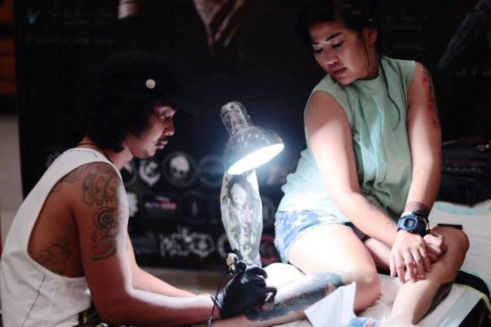 Ratusan Peserta Ikuti Festival Tatto di Surabaya