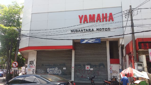 Dealer Yamaha Disegel Satpol PP Kota Surabaya