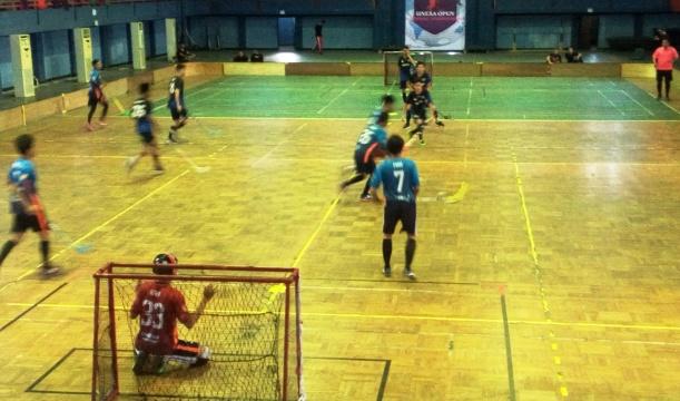 Tim Unesa Rebut Juara Floorball Cup