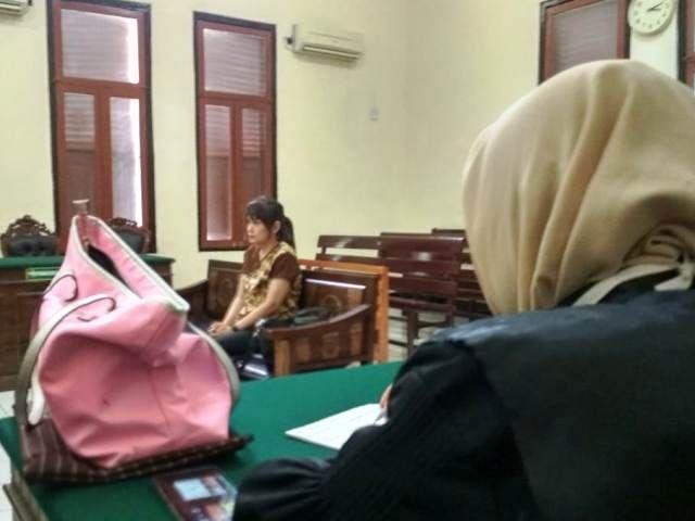 Bos Kosmetik Ilegal Jong Lie Dihukum Percobaan