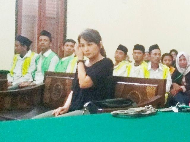 Bos Kosmetik Jong Lie Dituntut 1 Tahun 6 Bulan