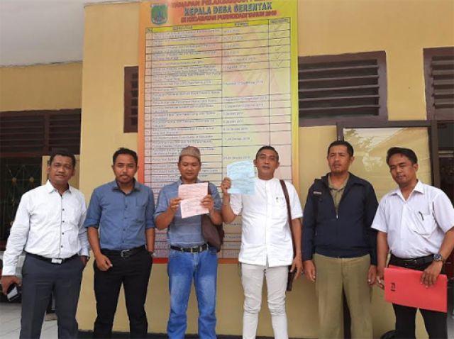 3 Cakades Pucangsari Protes Pilkades 2019