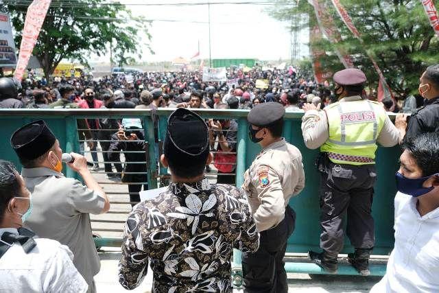 DPRD Pasuruan Menolak UU Omnibus Law