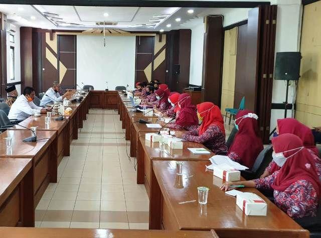 DPRD Siap Perjuangkan PLKB Non PNS Menjadi PNS