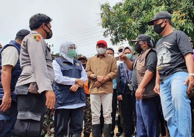 Pemerintah Janji  Bantu Korban Banjir Kepulungan