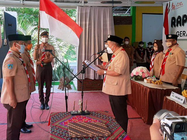 Gus Mujib Lantik Ketua Ranting Pramuka