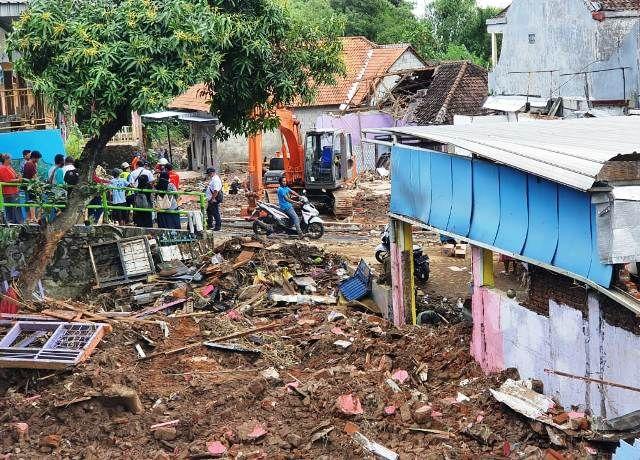 Korban Banjir Gempol Berharap Bantuan Pemerintah