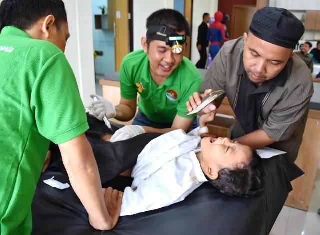 Pelindo III Group Gelar Khitan Massal di 3 Kota