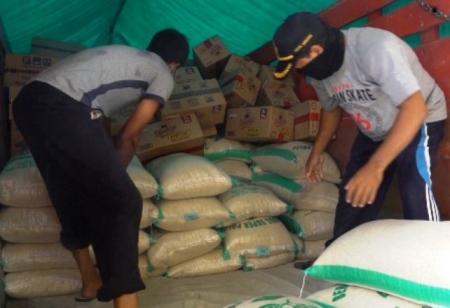 Pelindo III Sumbang Sembako Korban Banjir Gresik