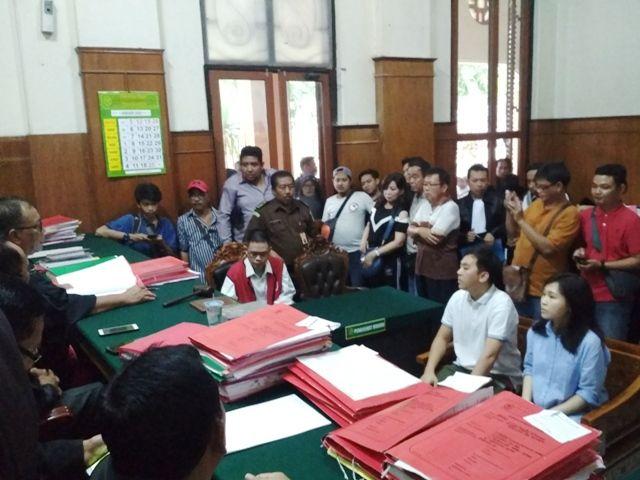 Oscar Anangga Sugiarto Dihukum 1 Tahun 6 Bulan