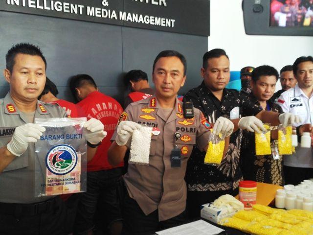Warga Mojokerto Edarkan Pil Koplo di Surabaya