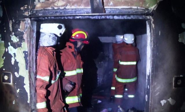 Rumah Demak Terbakar Karena Lilin Jatuh