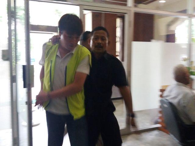 Park Hae Jin Dituntut 8 Tahun Penjara, Park Insung 7 Tahun Saja