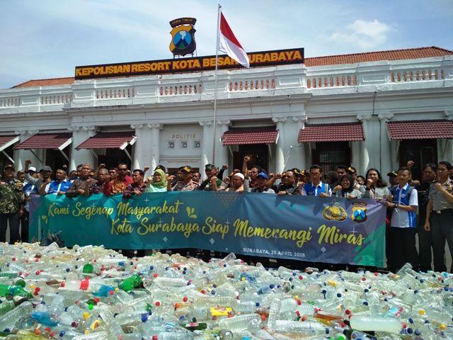 Surabaya Nyatakan Perang Melawan Miras Oplosan