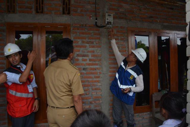 Jaringan Listrik Dusun Kedung Dendeng Jombang Diresmikan