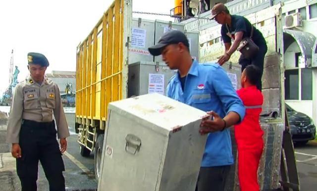 Logistik Pilkada Jatim Berangkat ke Masalembu