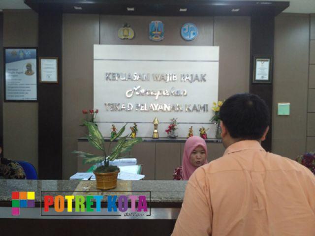 Samsat Manyar Diduga 'Palak' Anggota Organda