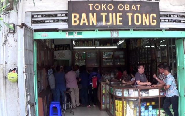 Toko Obat Ban Tjie Tong Jual Obat Ilegal