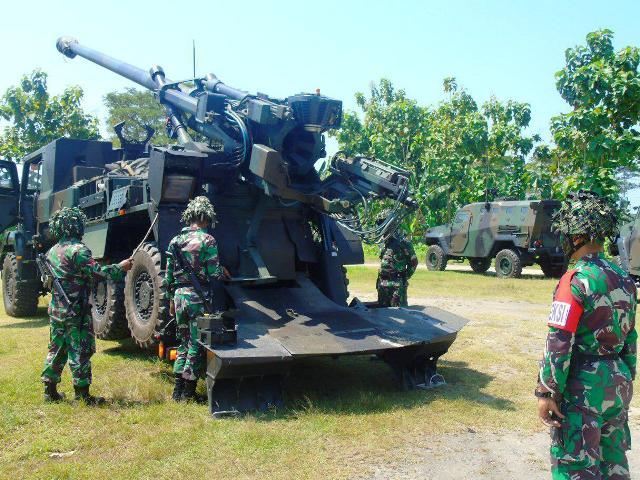 Meriam 155 Caesar Hancurkan Insurjen di Ngawi