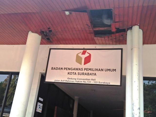 Kondisi Kantor Bawaslu Surabaya Memprihatinkan