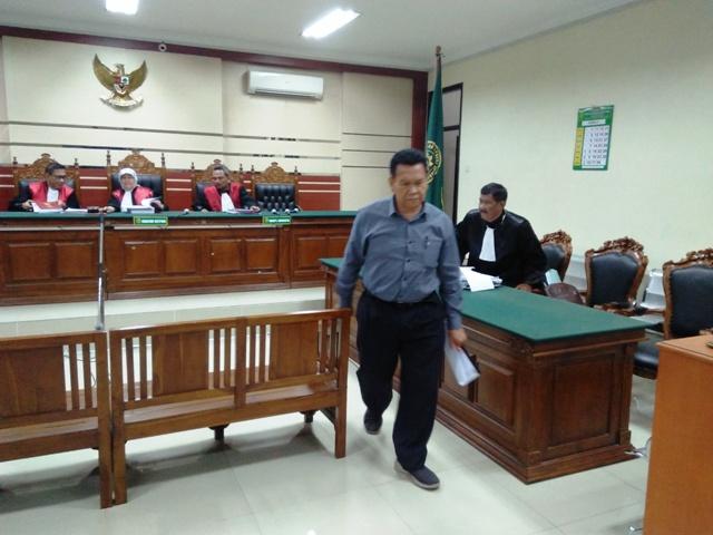 Kadinkes Gresik Menolak Dakwaan Jaksa