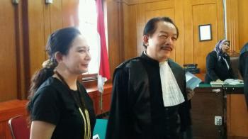 Terdakwa Lenny Silas Akan Dibantarkan Hakim