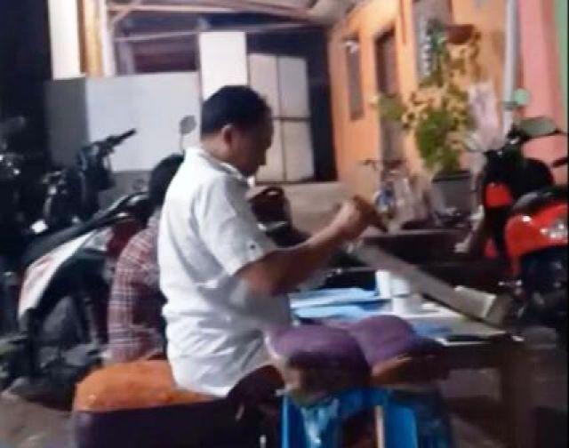 Agus Suyanto Klaim Belajar Sablon Masker Corona