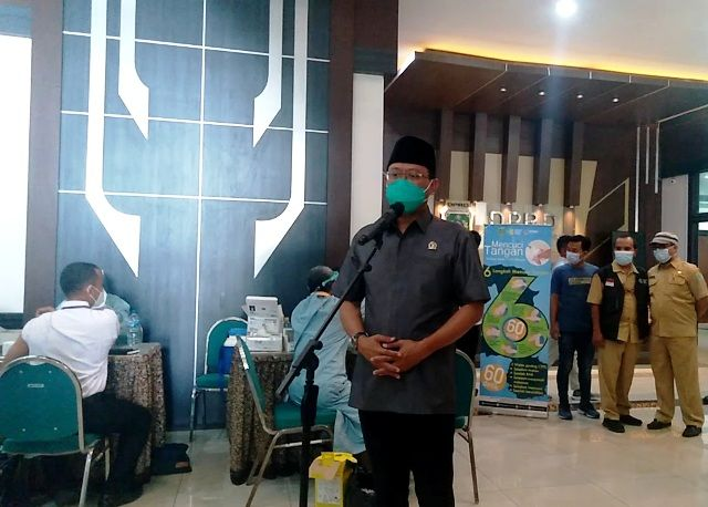 Anggota DPRD Kabupaten Pasuruan Ikut Vaksin