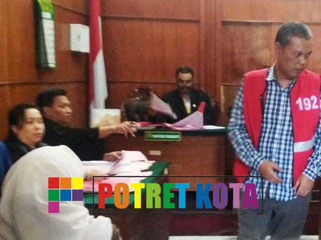 Benny Wicaksono Dituntut 1 Tahun 3 Bulan Penjara