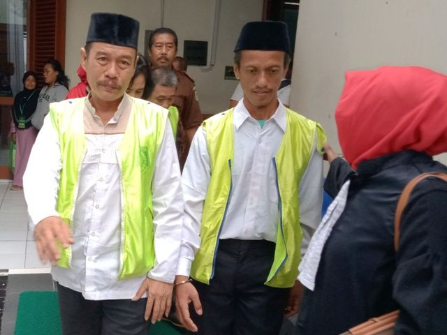 Pegawai Kecamatan Dukuh Pakis Palsukan KTP