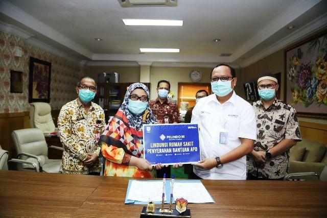Pelindo III Terima Penghargaan Top CSR Award 2021