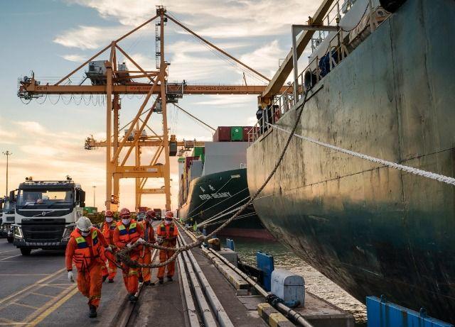 Pelindo III: Selama Idul Fitri Pelabuhan Tetap Beroperasi