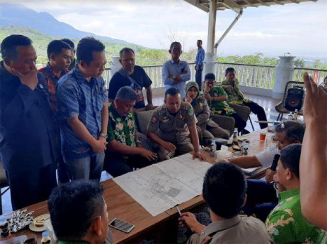 Awas! Wisata Cimory Prigen Rawan Ambruk