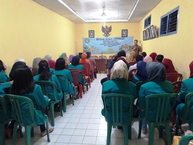 Mahasiswa Adi Husada Blusukan di Donorejo