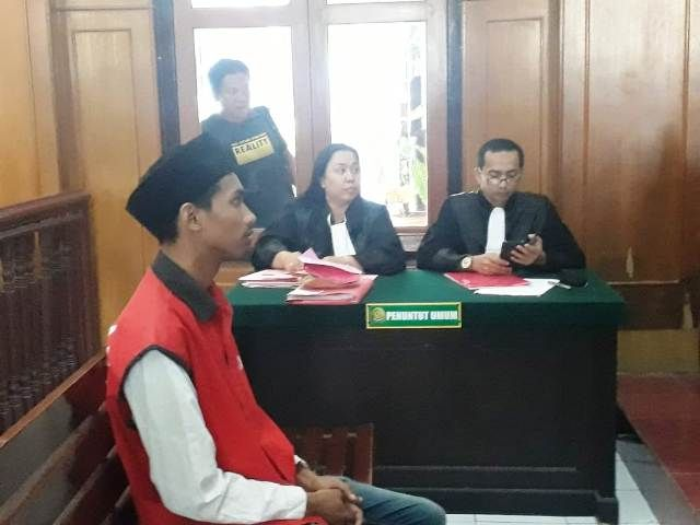 Pengedar Pil Koplo Sekolah Dituntut 1 Tahun Penjara
