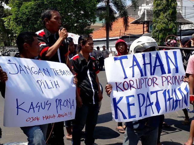 GPD dan Warga Kepatihan Demo Kejari Sidoarjo
