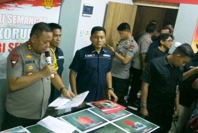 Polisi Beberkan Tersangka Amblesnya Jalan Gubeng