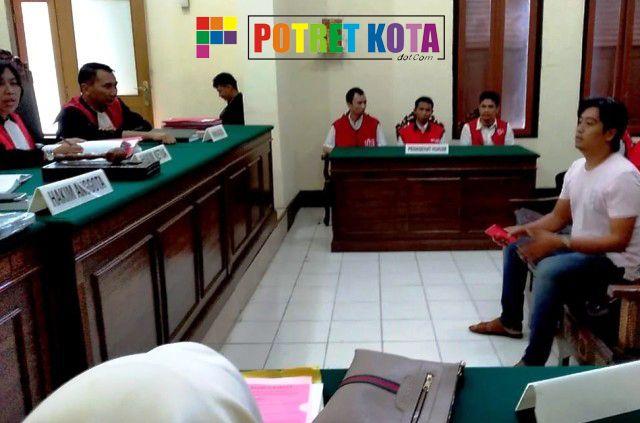 Jaksa Suparlan Tuntut Pengedar Narkoba 1,5 Tahun