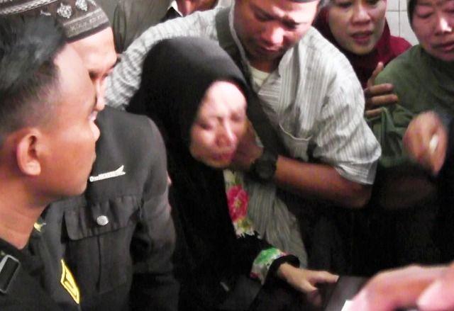 Jenazah Korban Lion Air JT 610 Dimakamkan