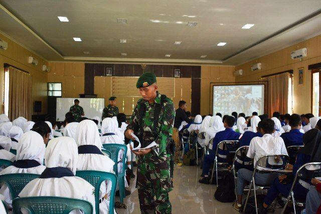 Kostrad Ngawi Diserbu 400 Pelajar