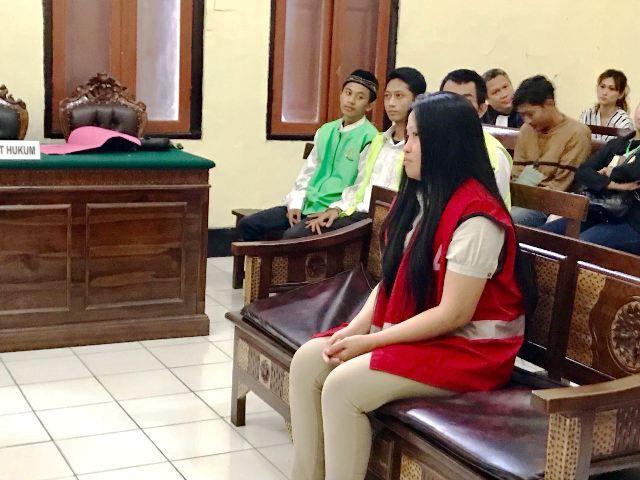 Terdakwa Sabu 'Titipan' Divonis 14 Bulan Penjara