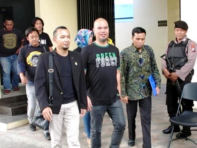 Polrestabes Surabaya Periksa Ahmad Dhani Prasetyo