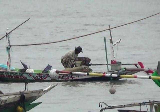 Cuaca Buruk, Nelayan Kenjeran Takut Melaut