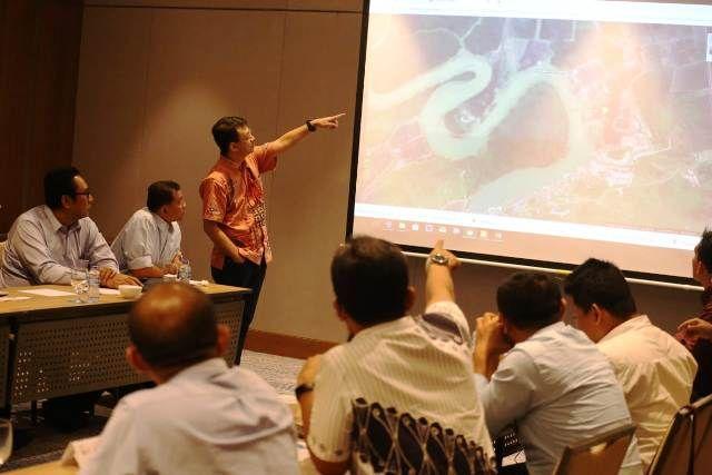 PT Pelindo III Rancang Pusat Distribusi Kertas