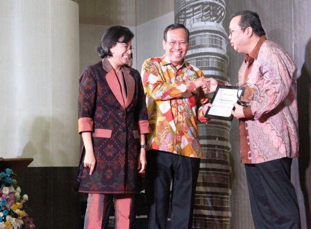 Kemenkeu Beri Penghargaan PT Pelindo III