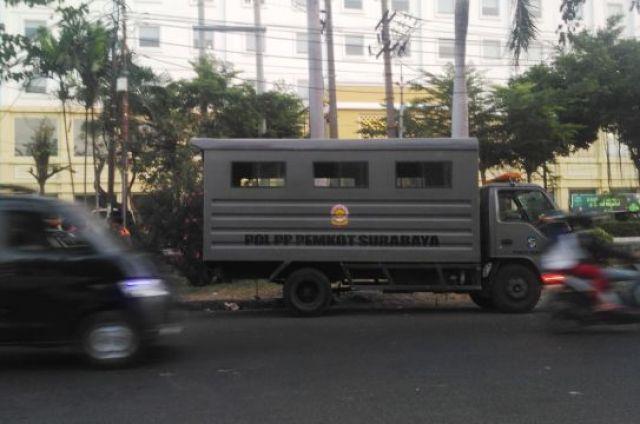 PKL Benteng Pendukung Jokowi Diobrak Satpol PP