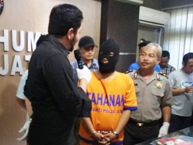 Polisi Bubarkan Pesta Sex di Villa Salsa Pasuruan