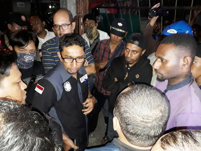 Penghuni Asrama Papua Menolak Razia
